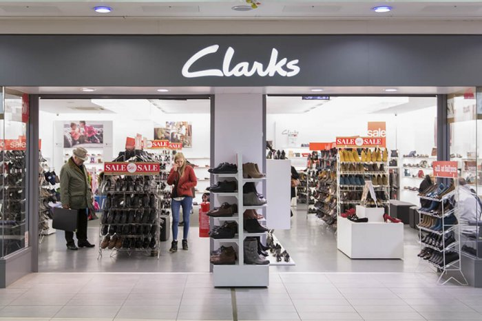 Clarks storefront inside of a mall