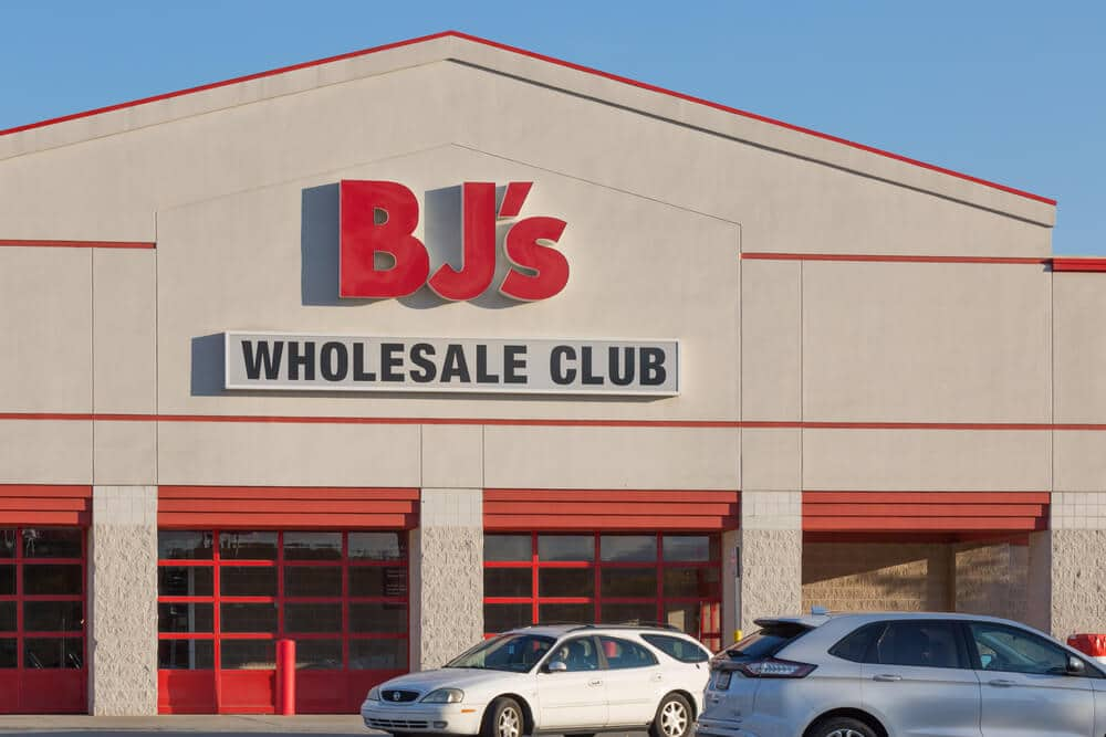 BJ's Wholesale Club storefront