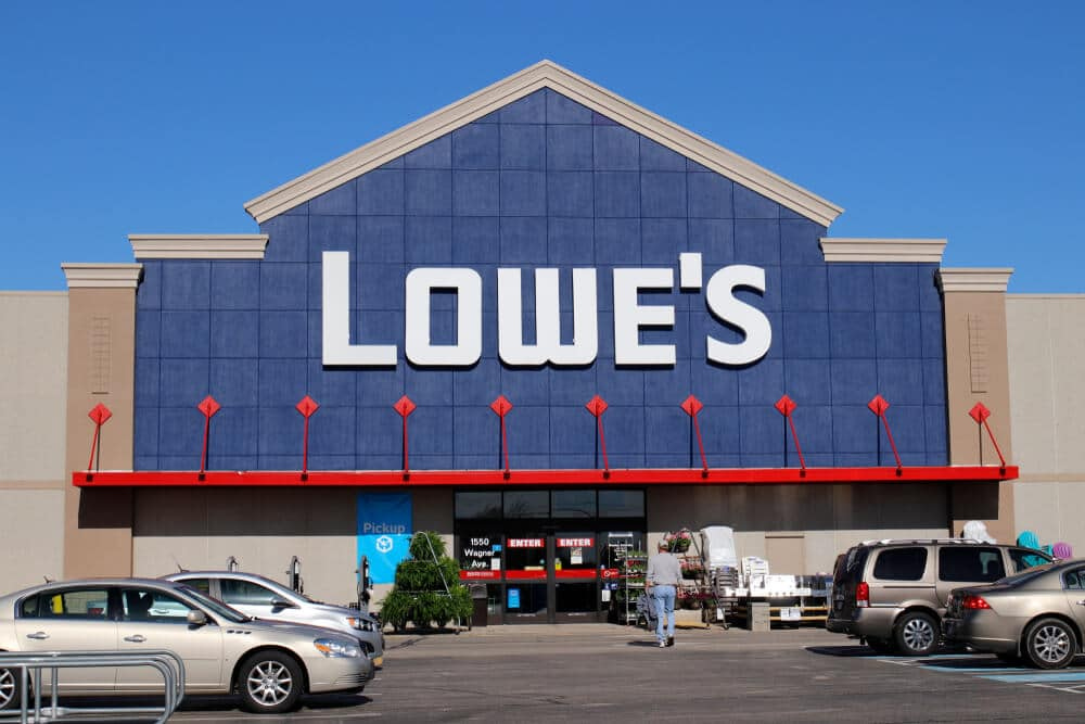 Exterior of a Lowe's storefront