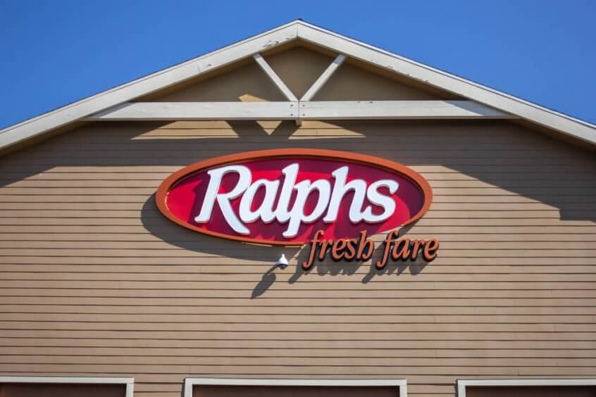 A Ralphs storefront that offers check cashing.