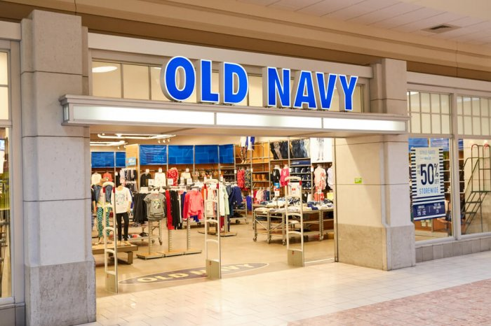 Old Navy storefront in a mall