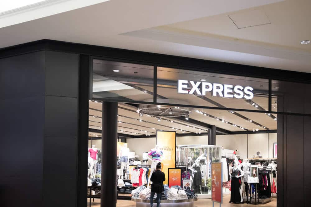 Express storefront in a mall