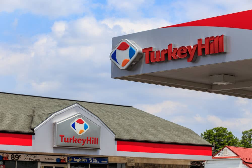 A Turkey Hill gas station and convenience store