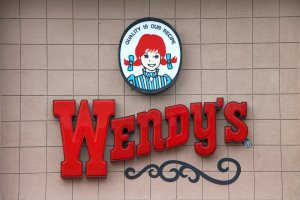 Does Wendy's Take Apple Pay? Wendy's Apple Pay Policy Explained