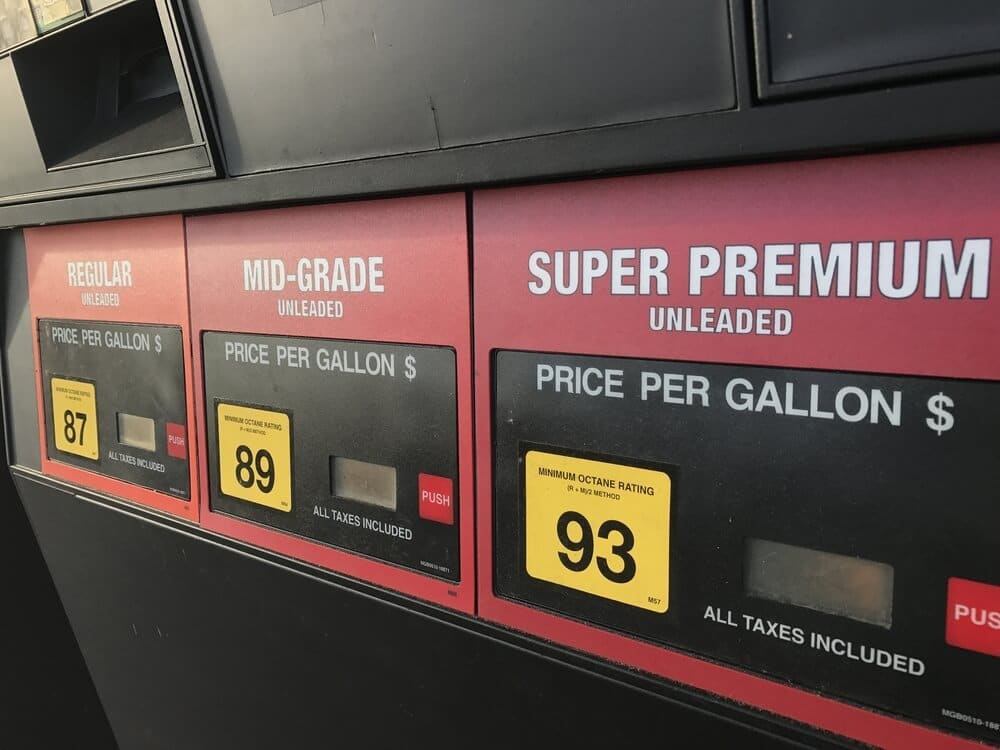 octane numbers on a gas pump: 87, 89, and 93
