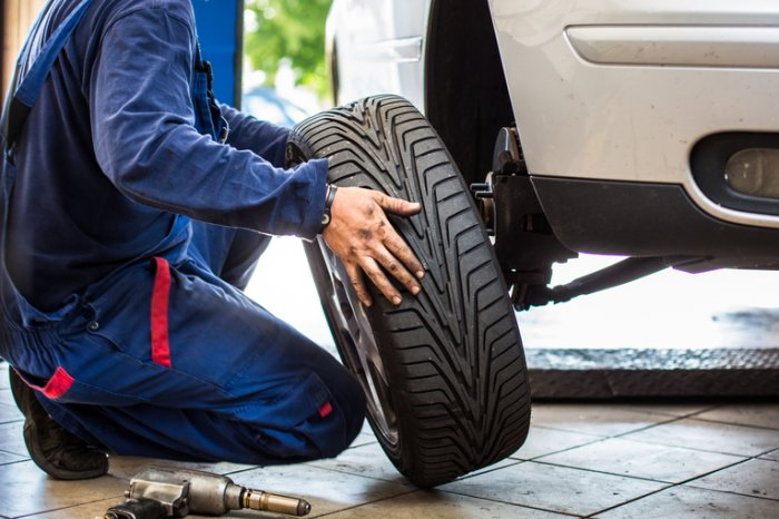 Discount Tire vs Costco, Tire Rack, NBT, etc: Competitors Compared