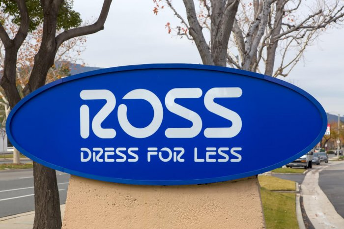 Ross store sign outside