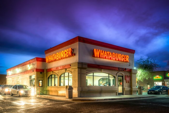 Does Whataburger Accept Apple Pay? Whataburger Apple Pay Policy